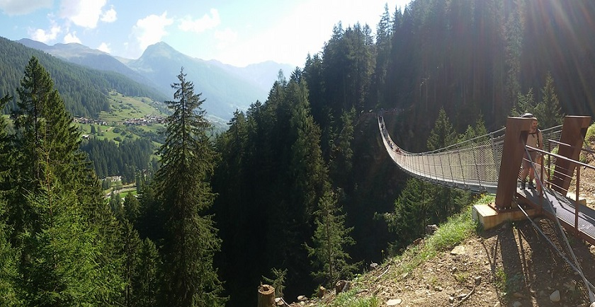 ponte-sospeso-in-val-di-rabbi